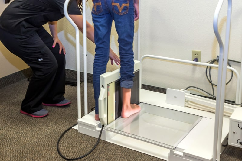 Digital-x-ray-20-20-imaging-system-preferred-foot-and-ankle-specialists-gilbert-az-podiatrist