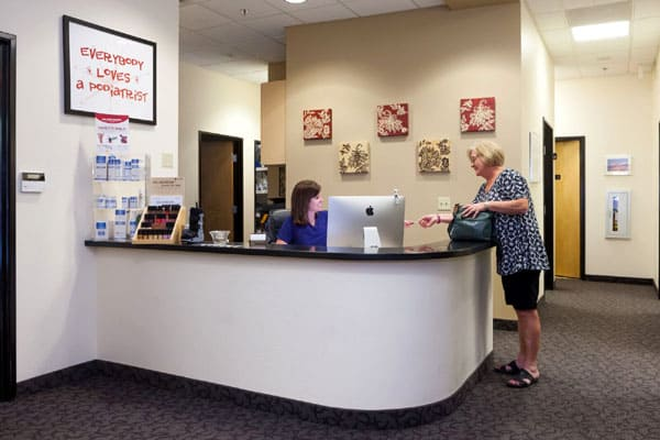 Preferred Foot and Ankle - Gilbert-Phoenix AZ office - reception desk area