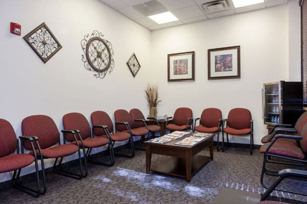 Preferred Foot and Ankle Phoenix - Interior reception waiting room