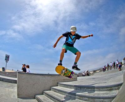 Skateboarding - Injuries Treatment by Dr. Jarman