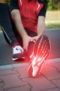 sports injury doctor - treats runners with foot pain and heel pain