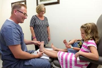 Dr. Mikkel Jarman - Pediatric Podiatrist Phoenix - Kids foot exam